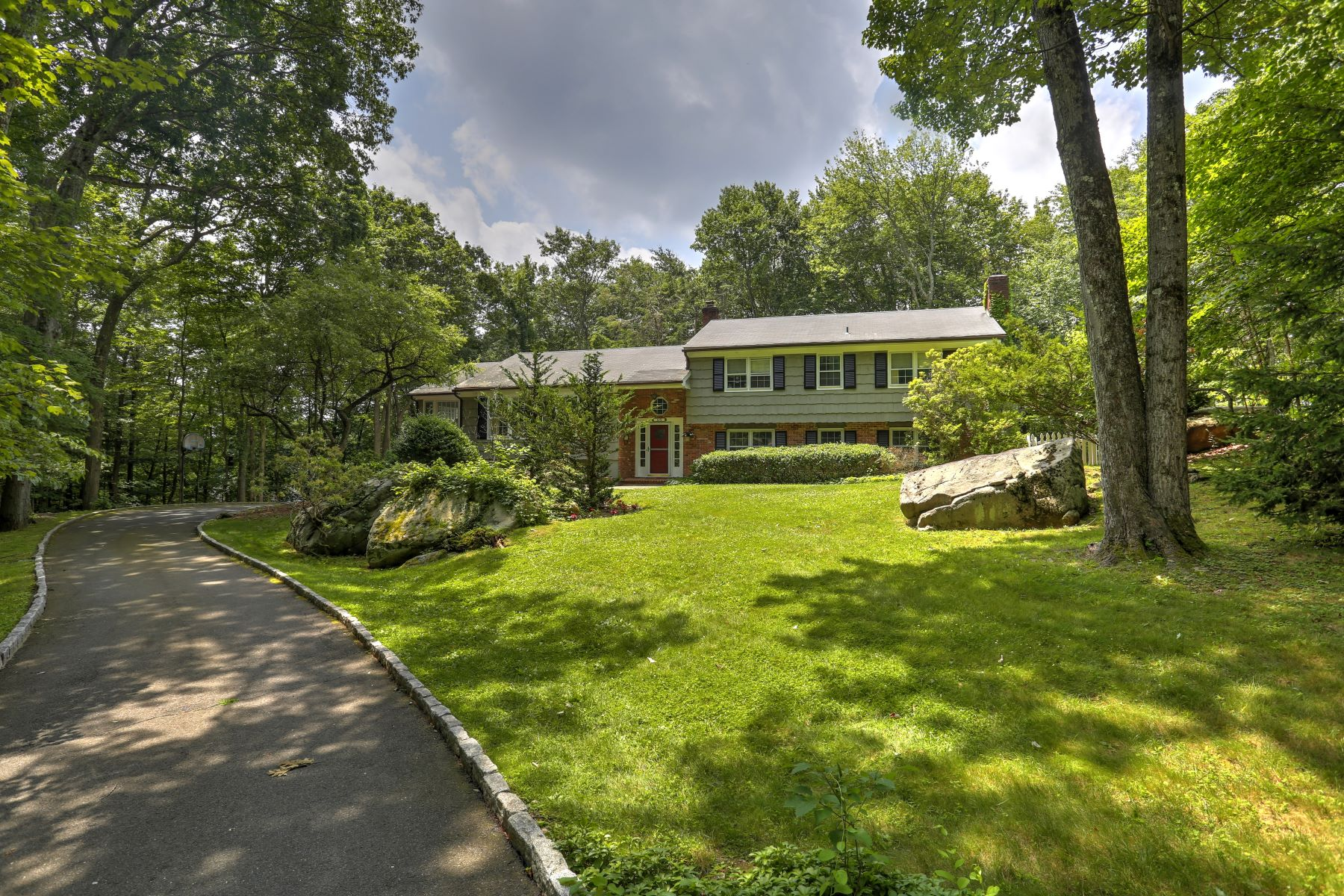 Single Family Home for Sale at 15 Thayer Pond Road New Canaan, Connecticut, 06840 United States