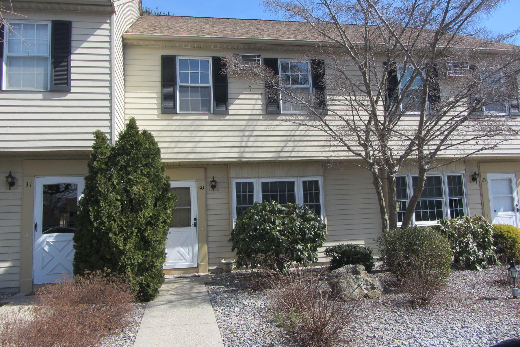 Appartement voor Verkoop op 30 Founders Road 30 Founders Road 30, Clinton, Connecticut 06413 Verenigde Staten