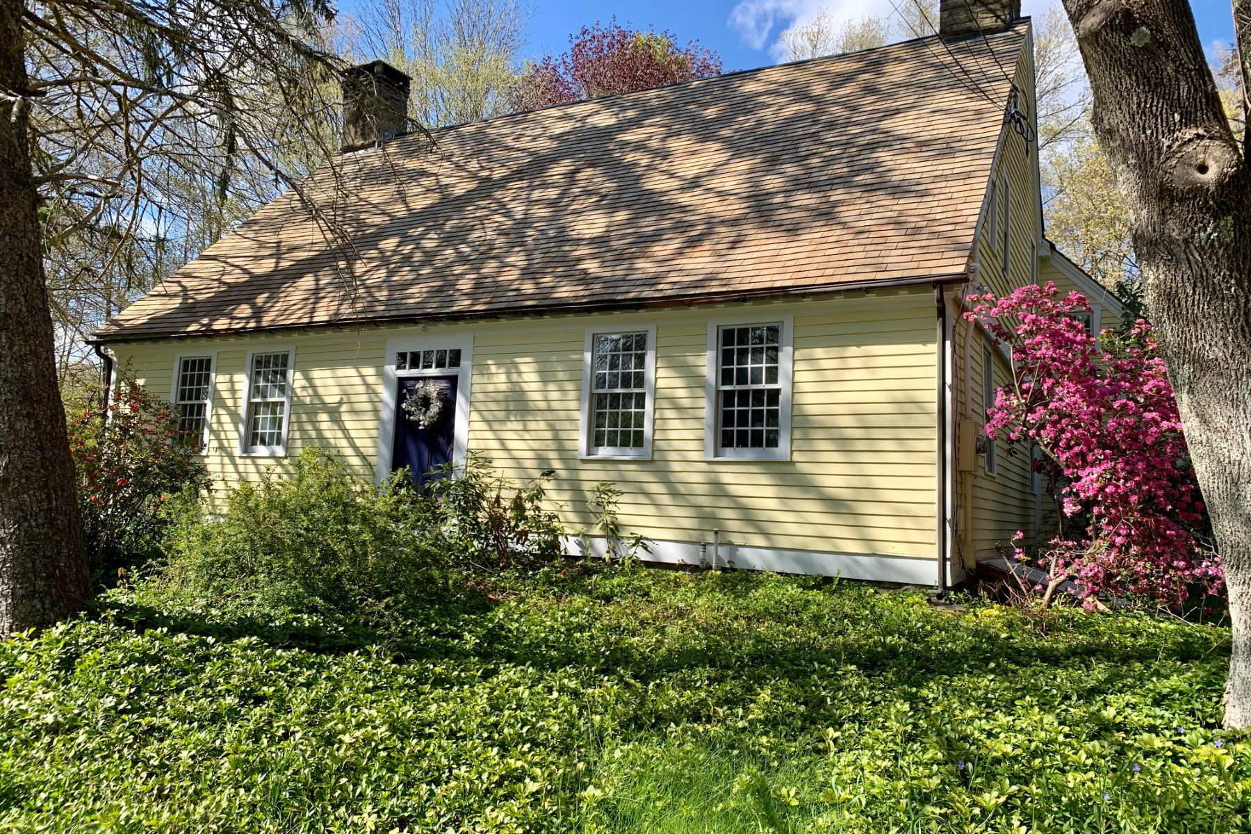 Single Family Homes for Sale at 133 Pond Meadow Road Killingworth, Connecticut 06419 United States