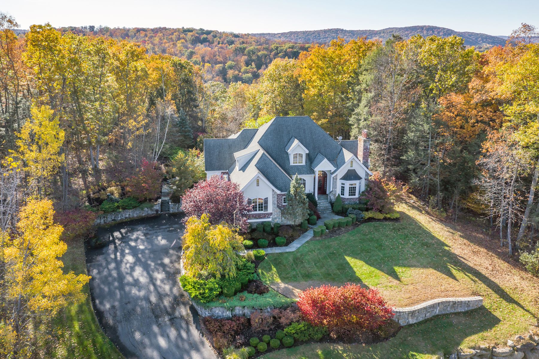 Single Family Homes for Active at Luxury in a Country Setting 15 Evans Hill Road Sherman, Connecticut 06784 United States