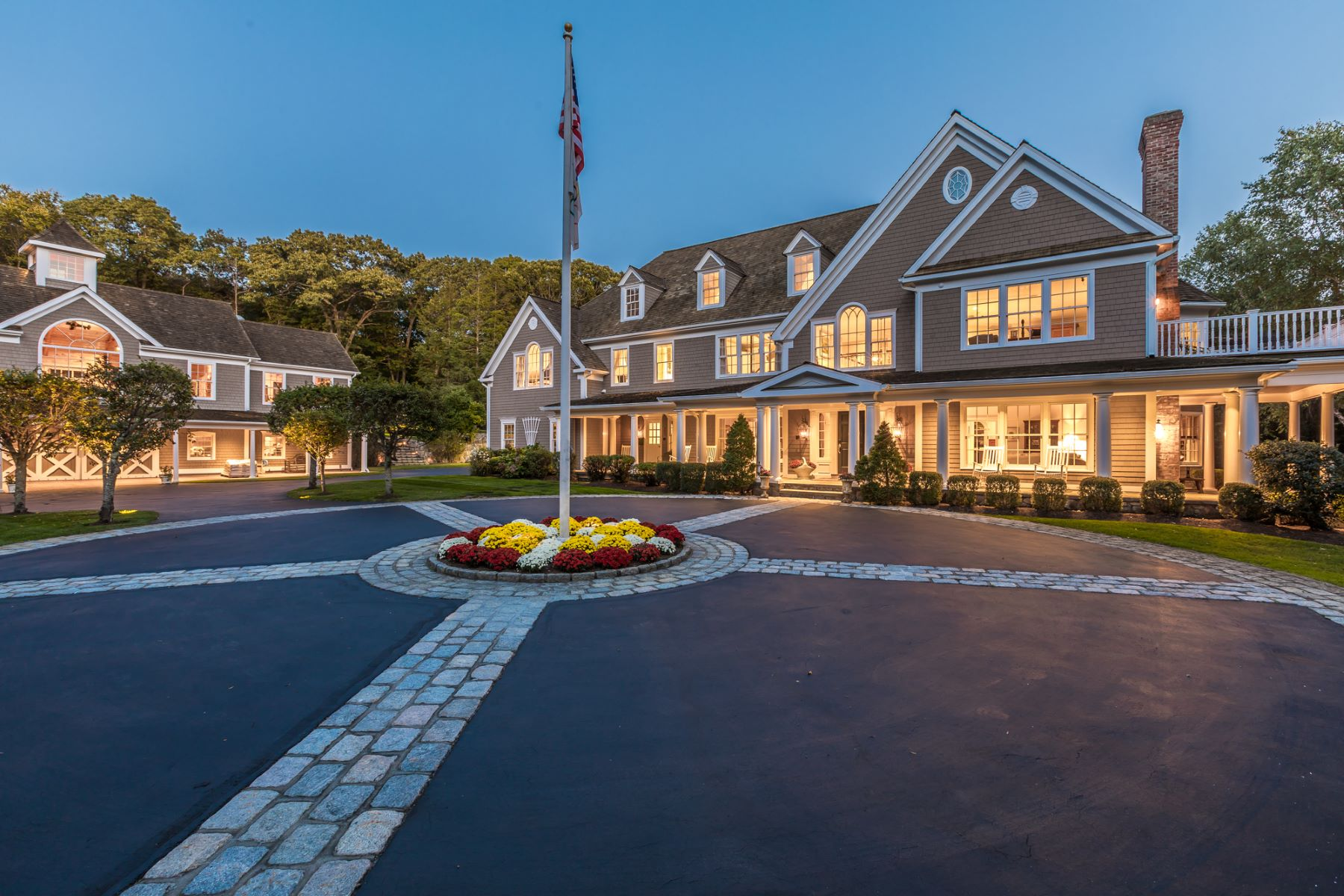 Vivienda unifamiliar por un Venta en Exquisite Smart House 390 West Mountain Road West Ridgefield, Connecticut 06877 Estados Unidos