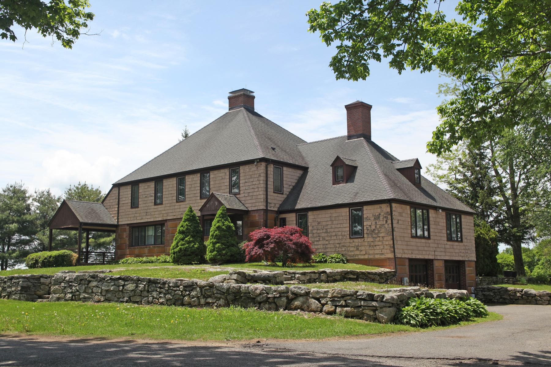 Additional photo for property listing at Stunning One of a Kind Manor House 400 5 1/2 Half Mile Road Cornwall, Connecticut 06753 United States