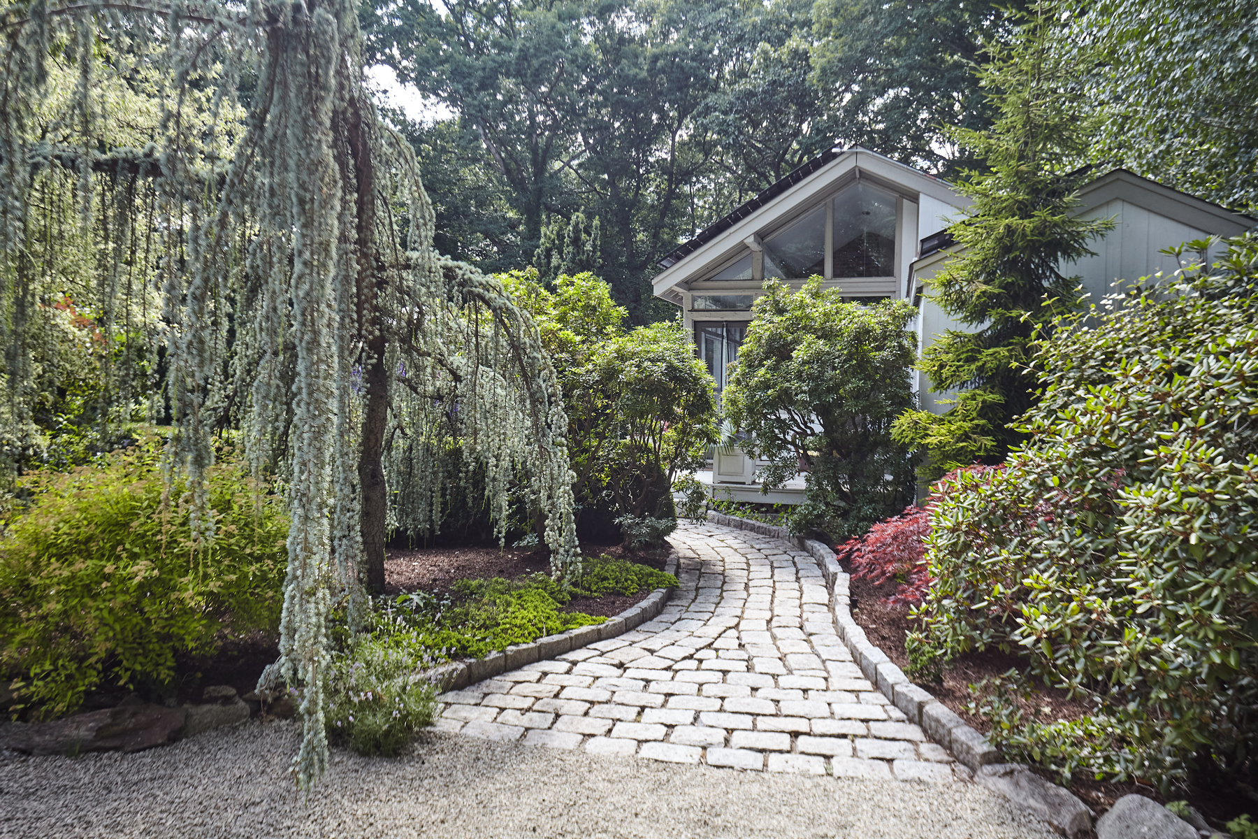 Single Family Homes للـ Sale في Mid-Century Modern Country Retreat 7 Highwood Road, Westport, Connecticut 06880 United States