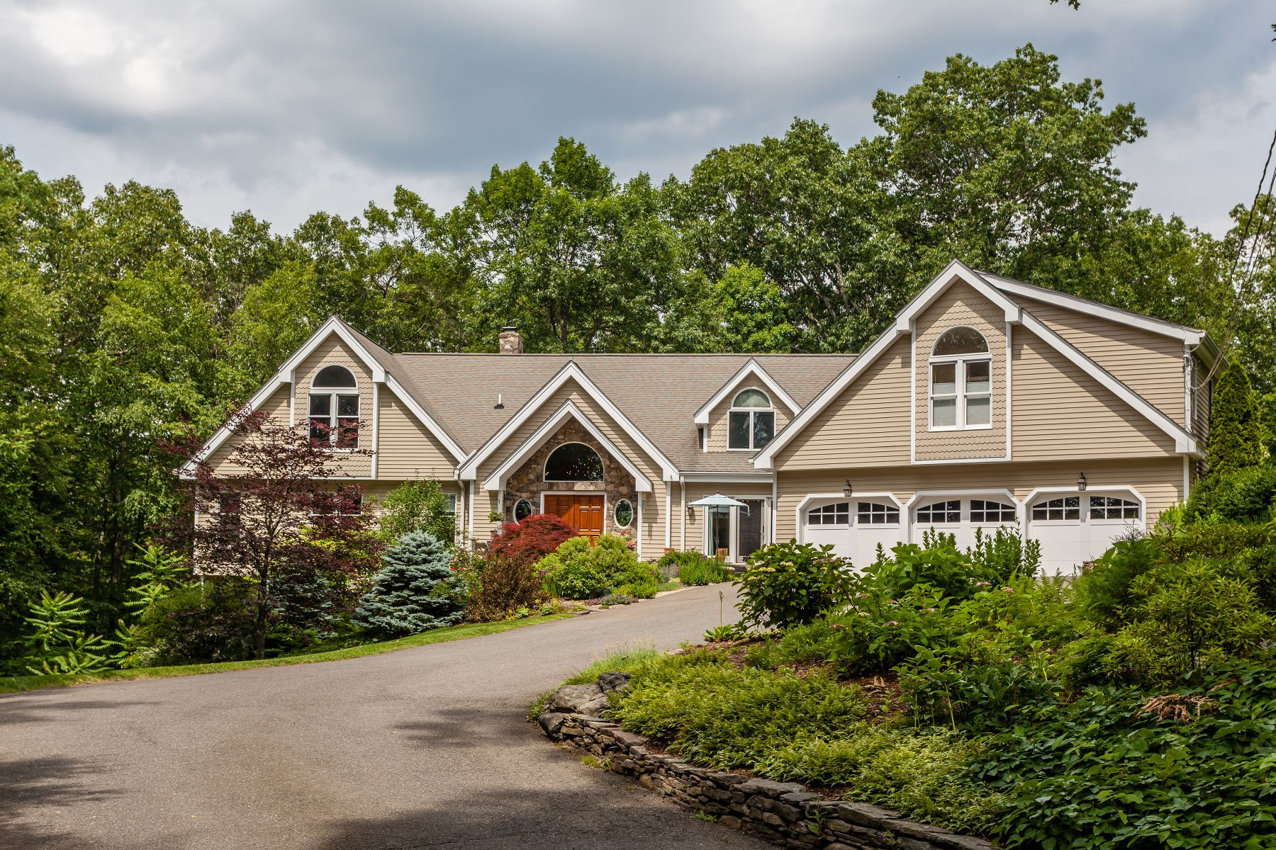 Single Family Home for Sale at Beautiful Contemporary Colonial in Lake Community 12 Chestnut Hill Road Sherman, Connecticut 06784 United States