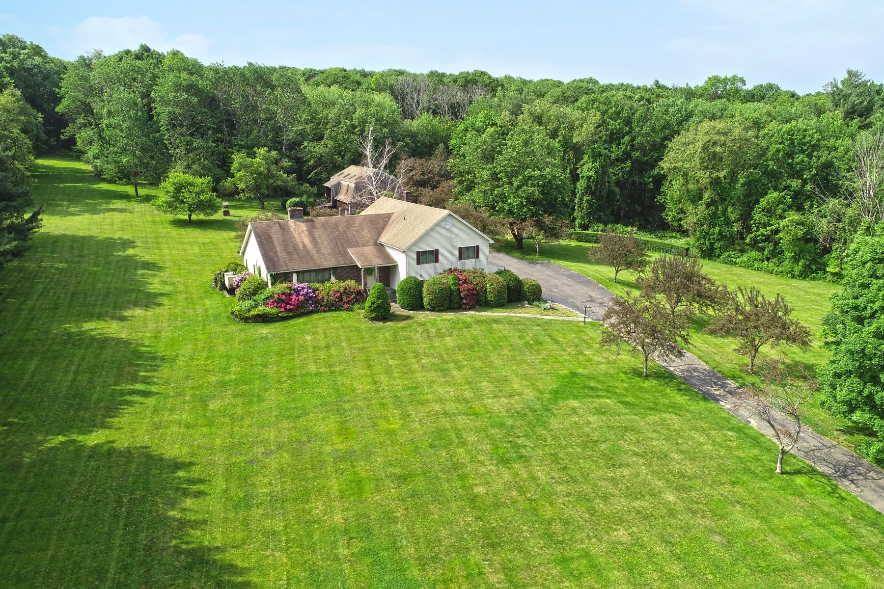 Single Family Homes for Sale at Located on 9 Acres, Close to Hiking Trails! 660 Birch Mountain Road Manchester, Connecticut 06040 United States