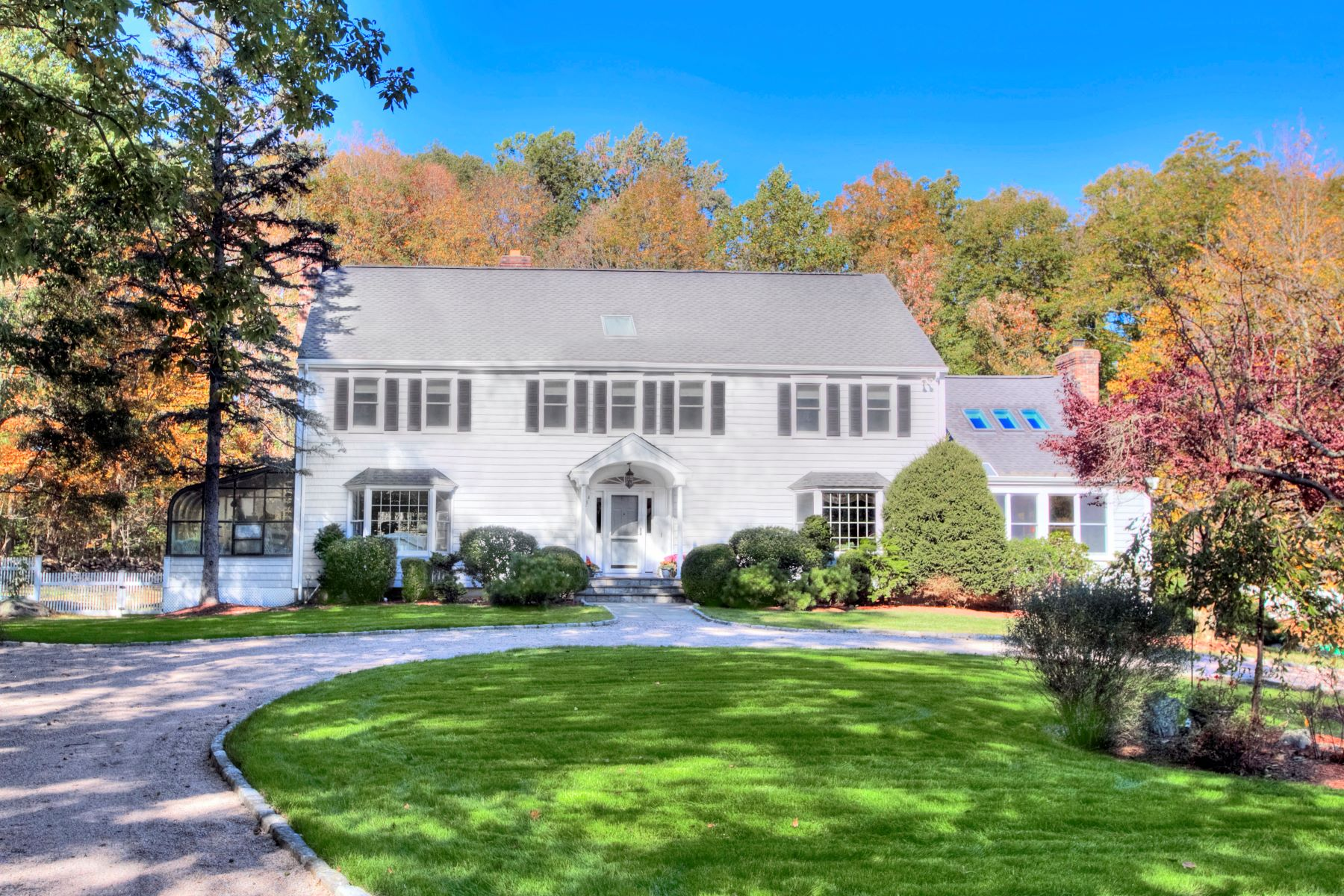 House for Sale at 784 Smith Ridge Road 784 Smith Ridge Road New Canaan, Connecticut 06840 United States