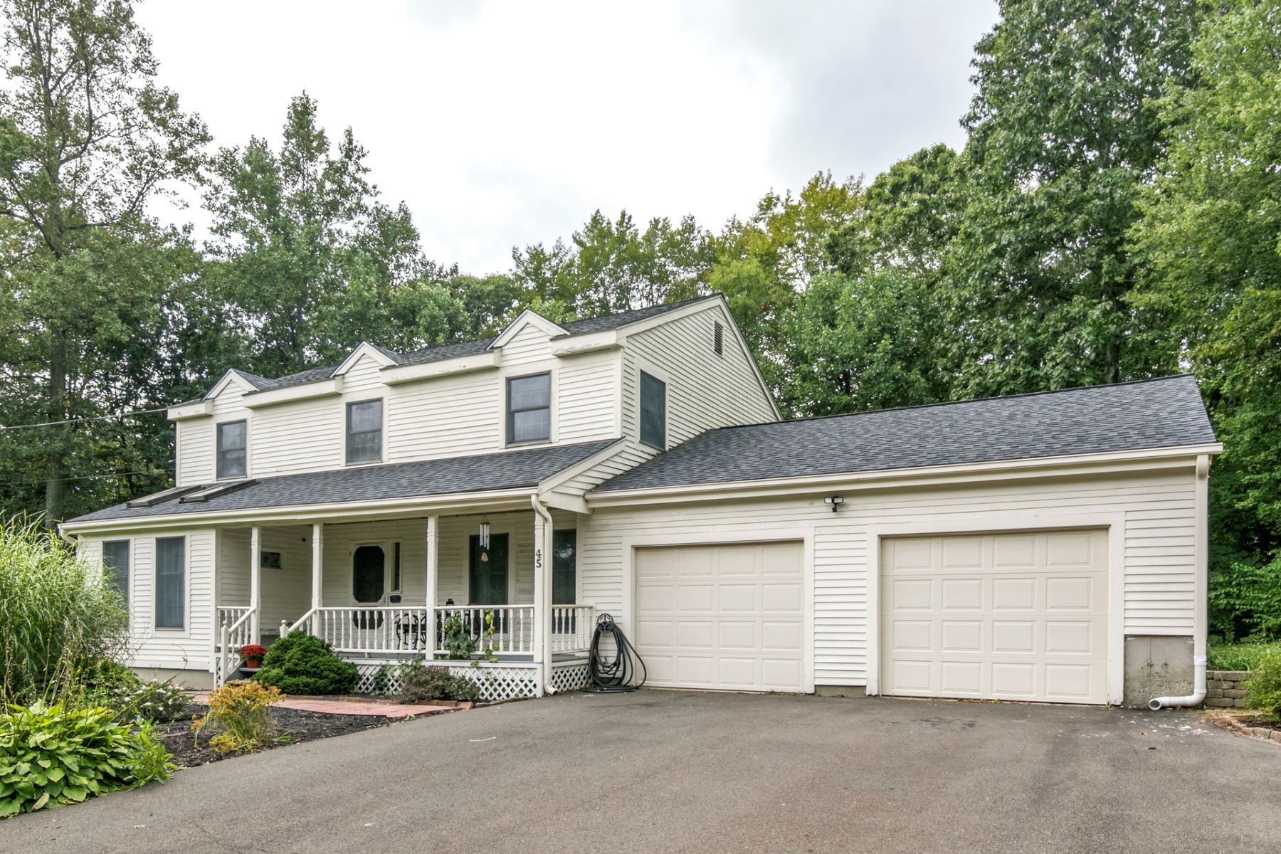Single Family Homes για την Πώληση στο North Branford, Κονεκτικατ 06471 Ηνωμένες Πολιτείες