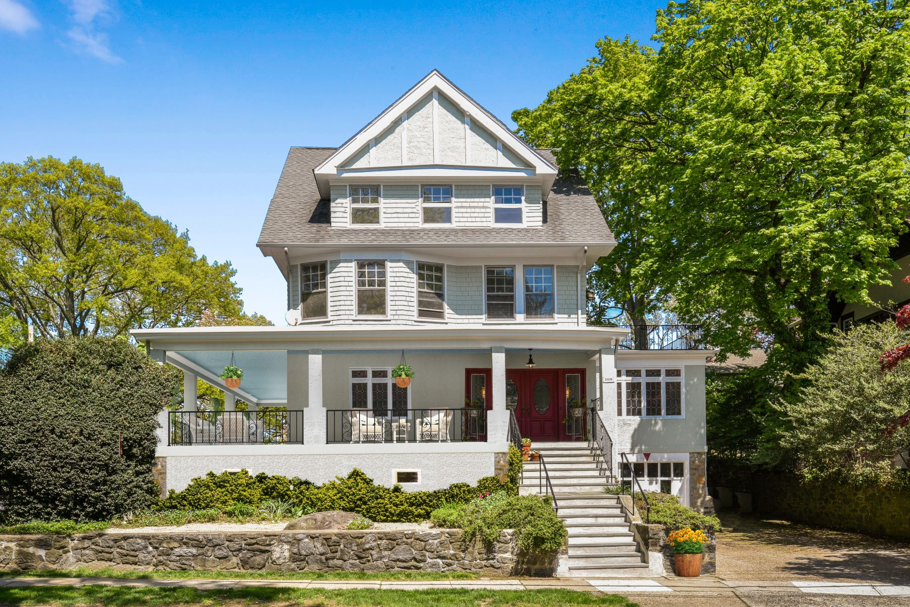 Single Family Homes for Sale at 108 Murray Avenue Larchmont, New York 10538 United States