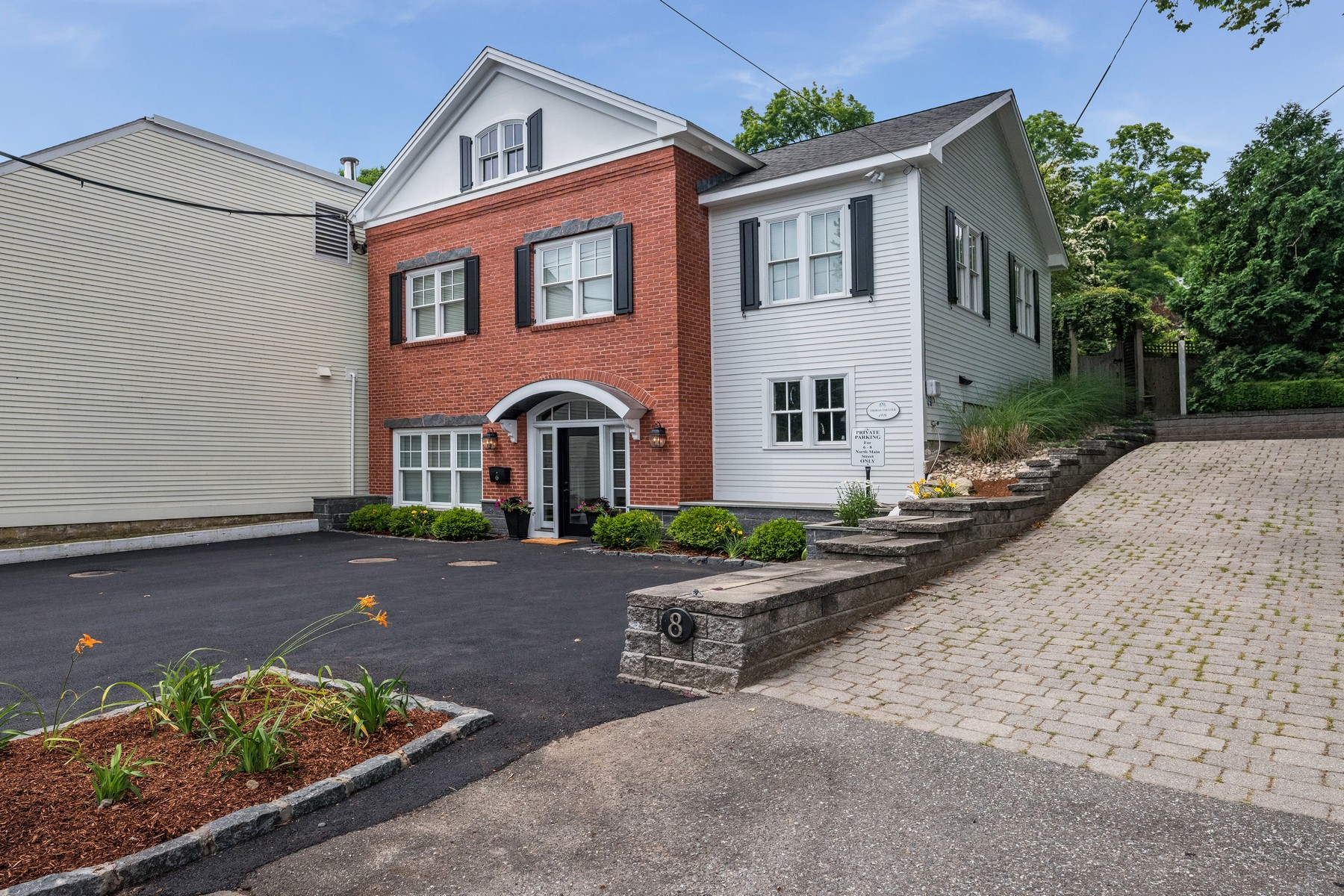 Single Family Homes for Sale at A Spectacular Pied a Terre in the Village 6 North Main Street Essex, Connecticut 06426 United States