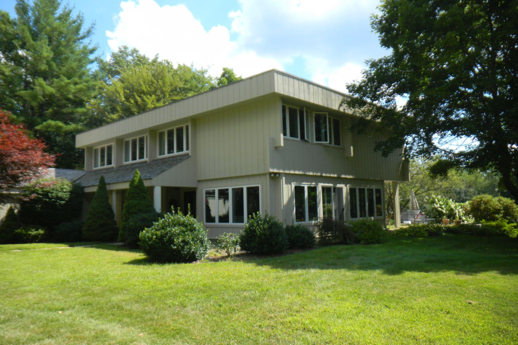 Vivienda unifamiliar por un Venta en Modern Oasis 280 East Goshen, Connecticut, 06756 Estados Unidos