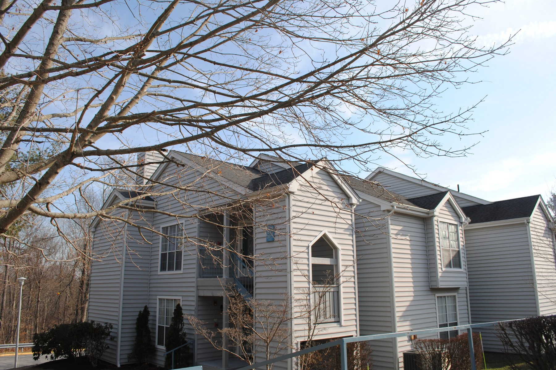 for Sale at Light Filled Condo 55 Leafwood Lane 292 Groton, Connecticut 06340 United States