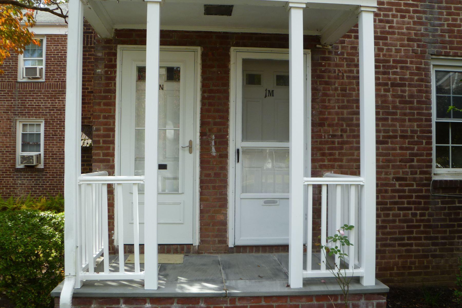Condominio por un Alquiler en Mid-Ridges Rental 2475 Summer Street 1M Stamford, Connecticut, 06905 Estados Unidos