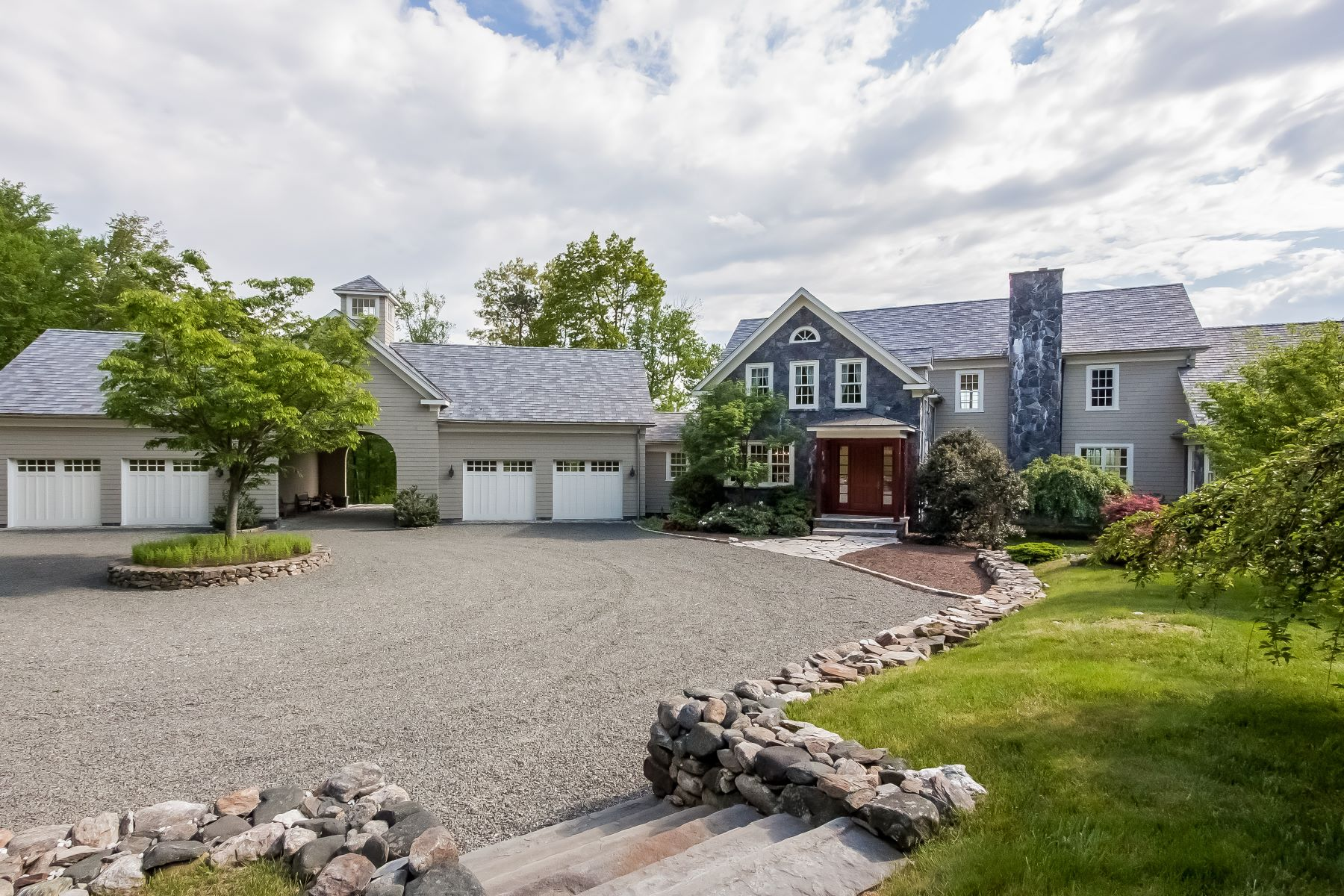 واحد منزل الأسرة للـ Sale في Bella Vista 24 Ranney Hill Road Roxbury, Connecticut, 06783 United States