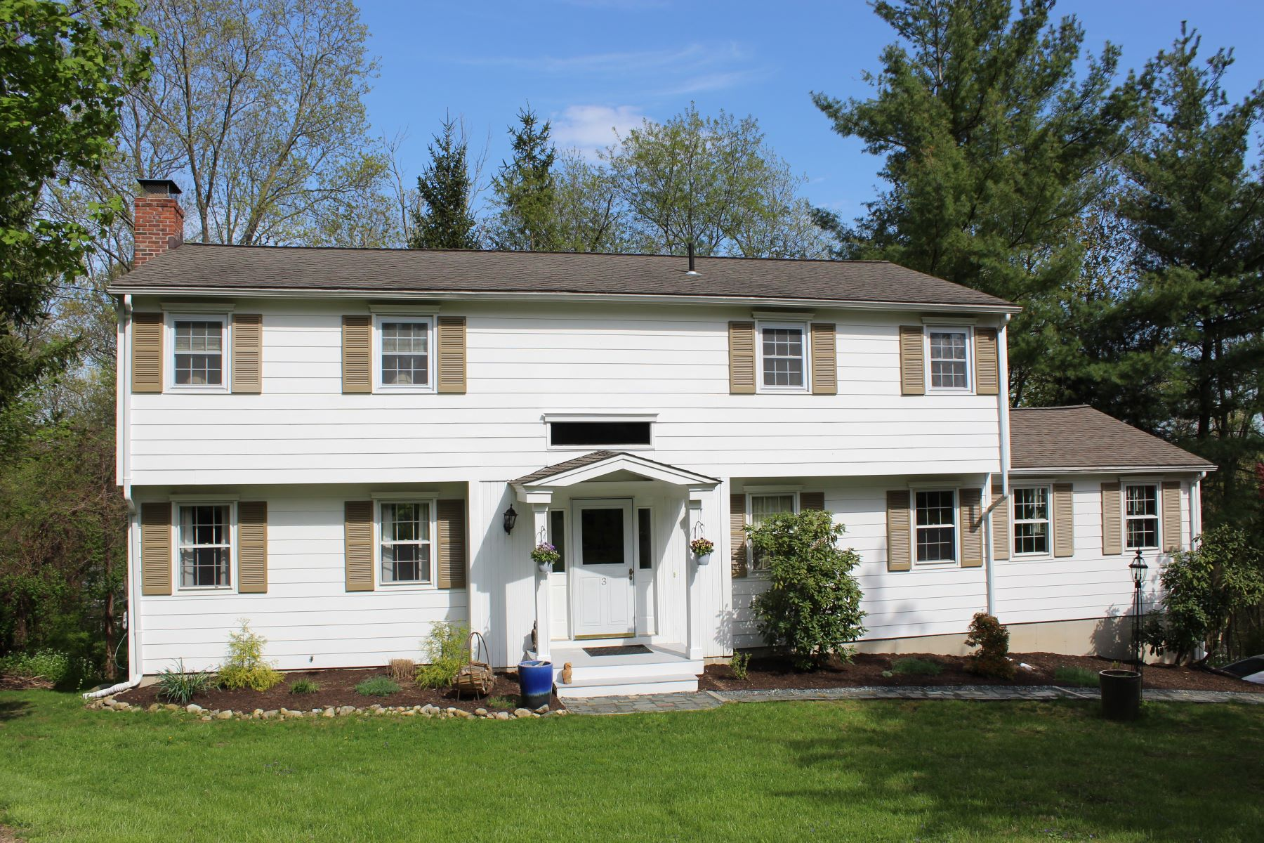 Single Family Homes for Sale at Well Maintained Colonial 3 Pound Sweet Hill Bethel, Connecticut 06801 United States