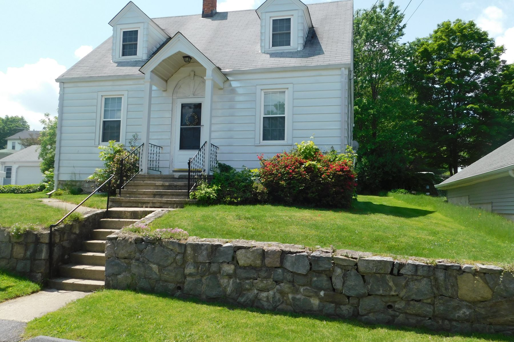 single family homes for Sale at Adorable Cape 20 Mount Pleasant Terrace, Torrington, Connecticut 06790 United States