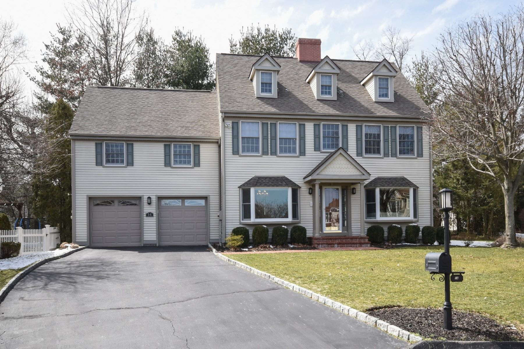 Single Family Home for Rent at Holly Pond Colonial 14 Holly Cove Circle, Stamford, Connecticut, 06902 United States