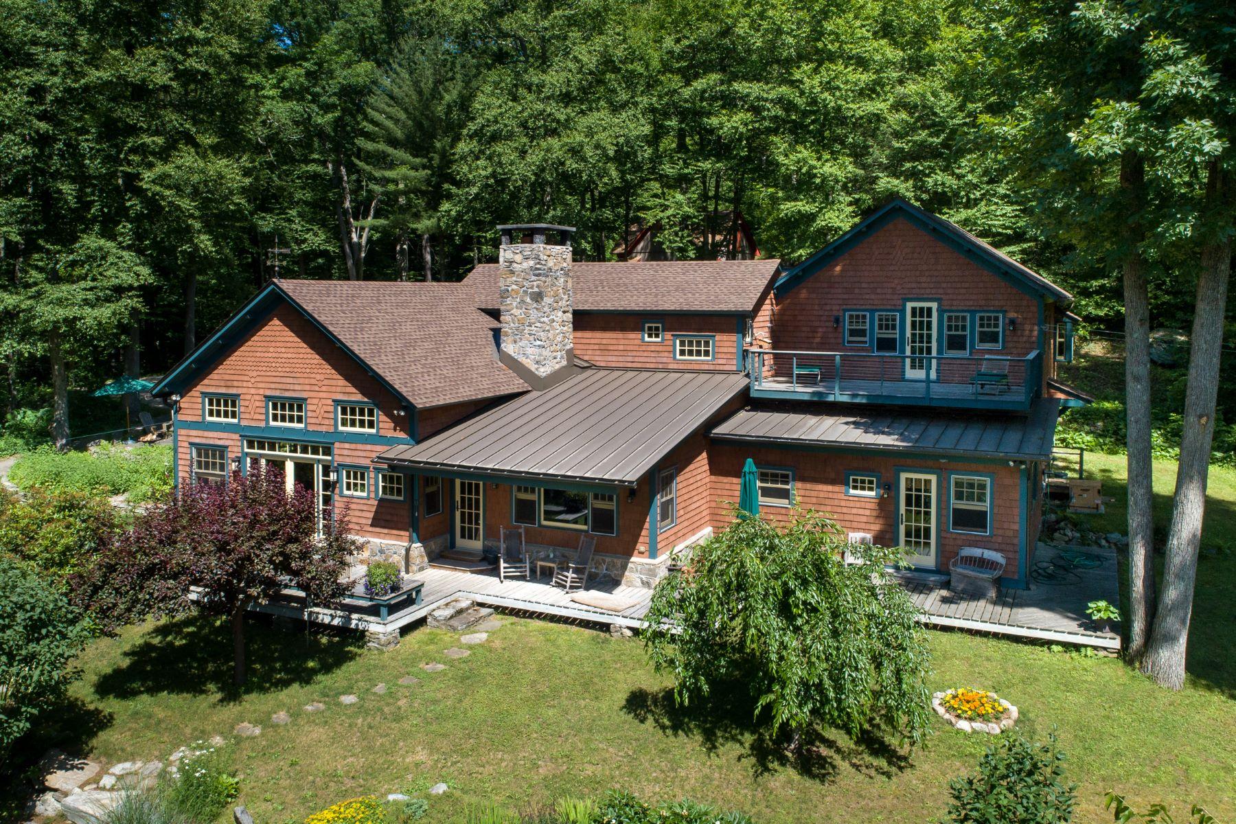 Eensgezinswoning voor Verkoop op Secluded and Private 340 River Road, Cornwall, Connecticut 06796 Verenigde Staten