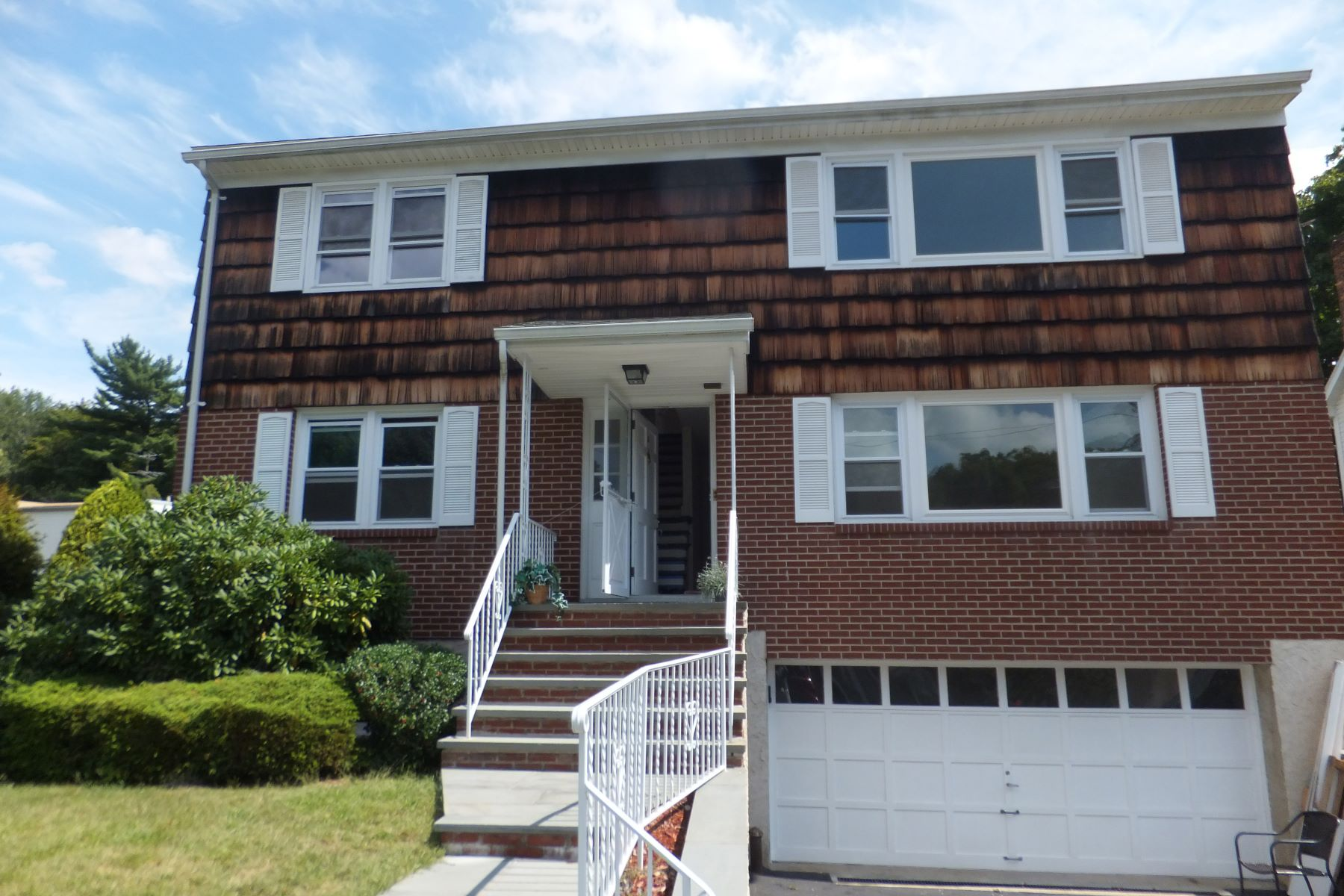 Apartment for Rent at Spacious 3-Bedroom Rental 18 Emmalon Avenue White Plains, New York 10603 United States