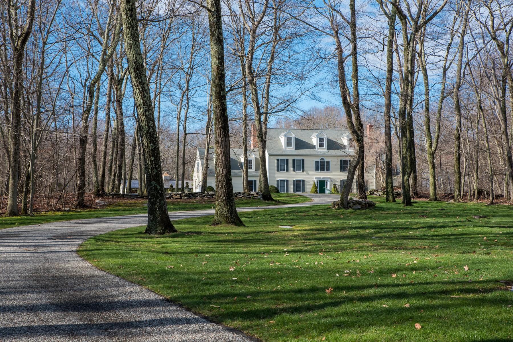 Einfamilienhaus für Verkauf beim Private Estate Perfect for Homesteading 60 Stonehill Dr Killingworth, Connecticut, 06419 Vereinigte Staaten