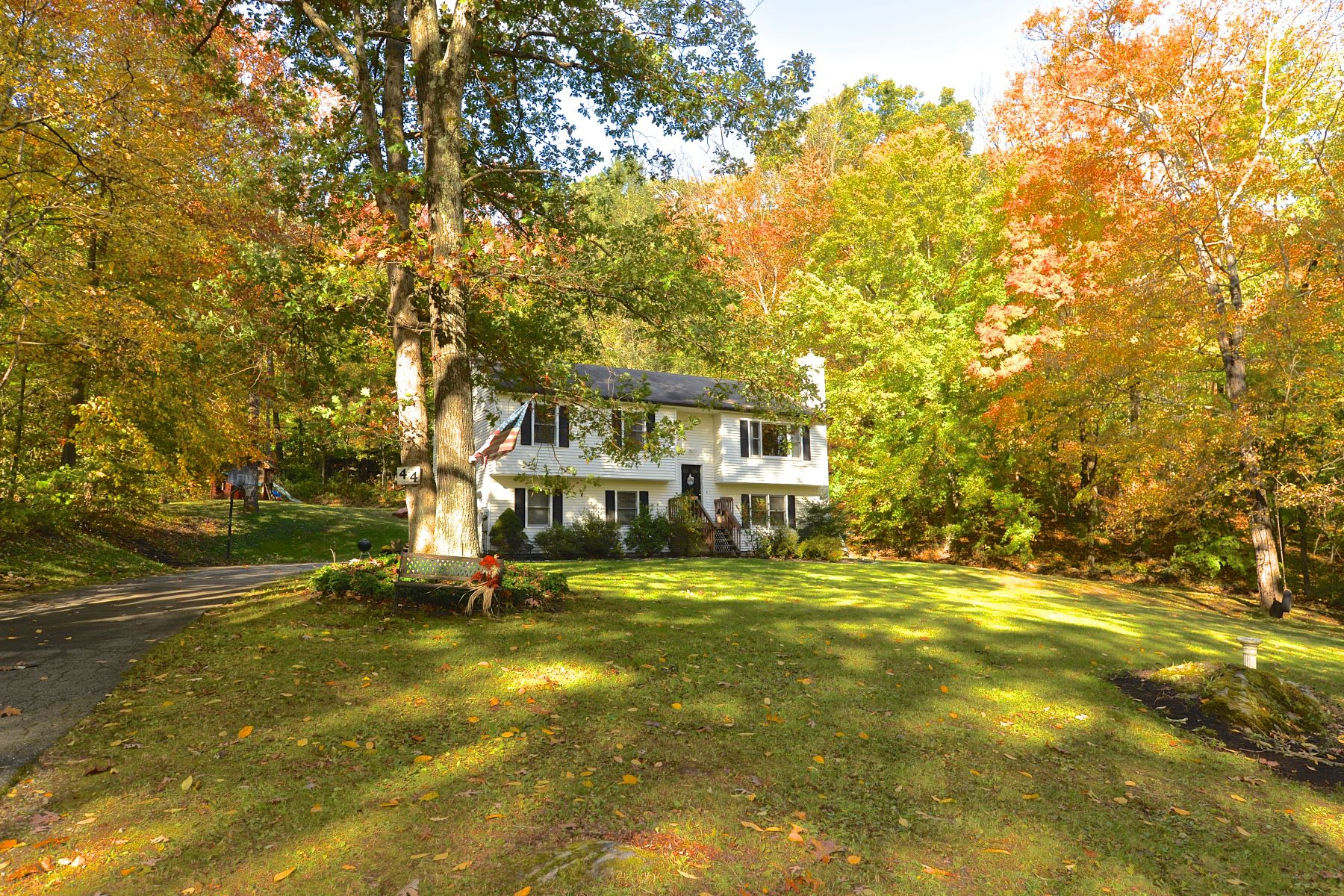 Single Family Homes for Sale at Private Level Lot 44 Aspetuck Pines Dr New Milford, Connecticut 06776 United States