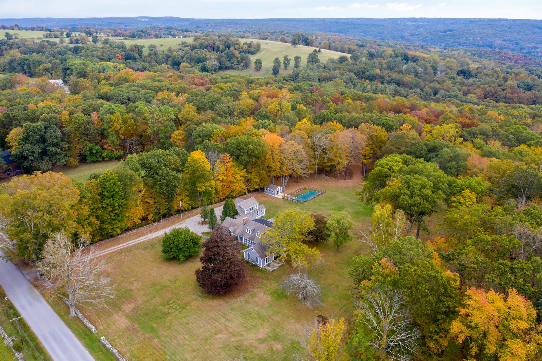 Single Family Homes for Sale at 30 Skyline Ridge Road Bridgewater, Connecticut 06752 United States