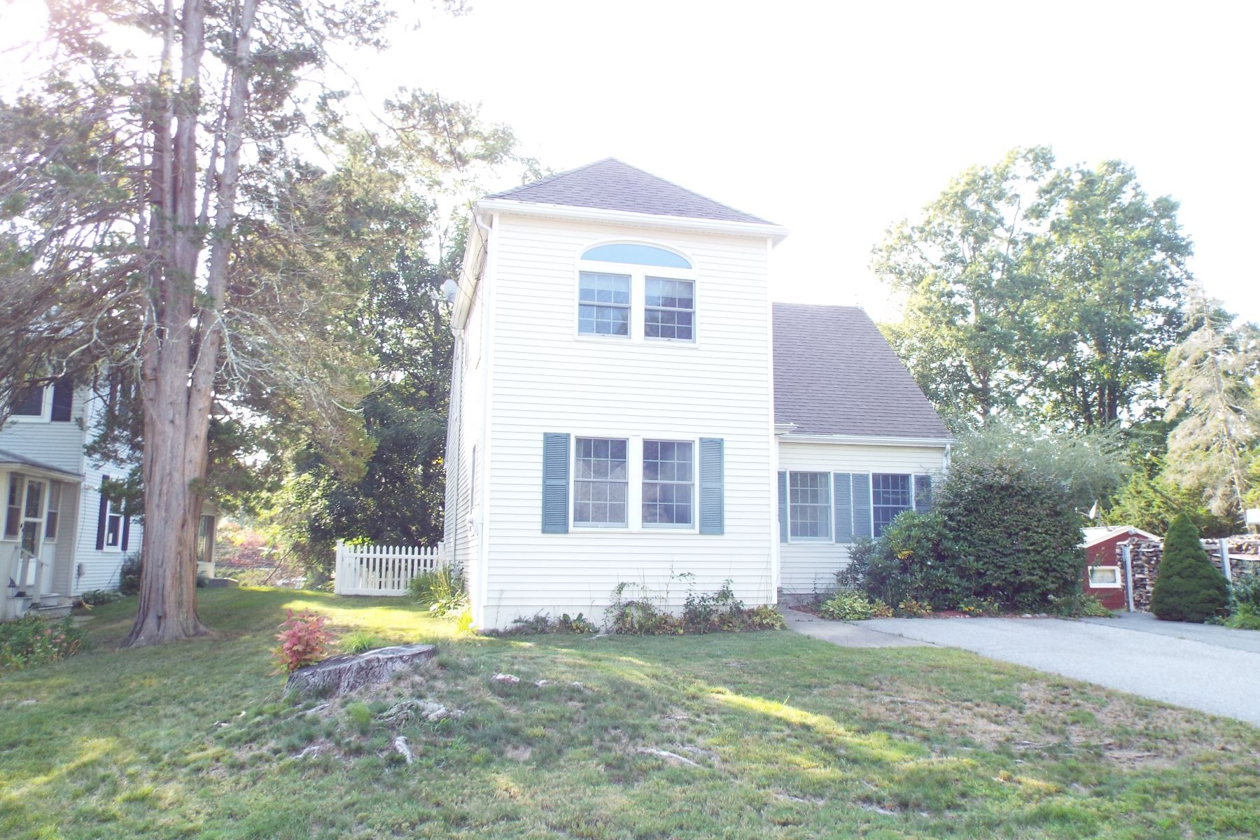 Single Family Homes for Sale at Crescent Beach Year Round Home 11 Grove Avenue East Lyme, Connecticut 06357 United States