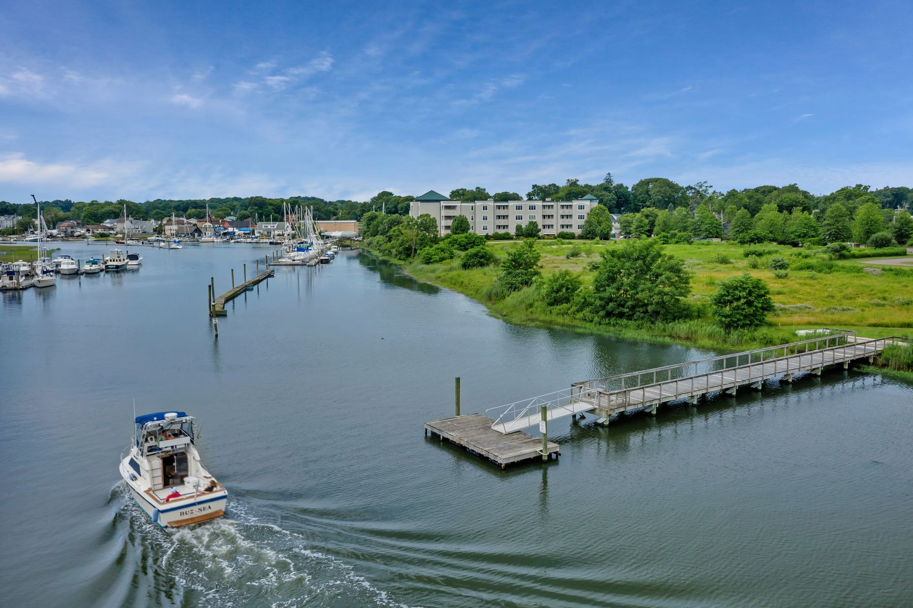 Condominiums for Sale at 1 Indian Neck Avenue 12 Branford, Connecticut 06405 United States