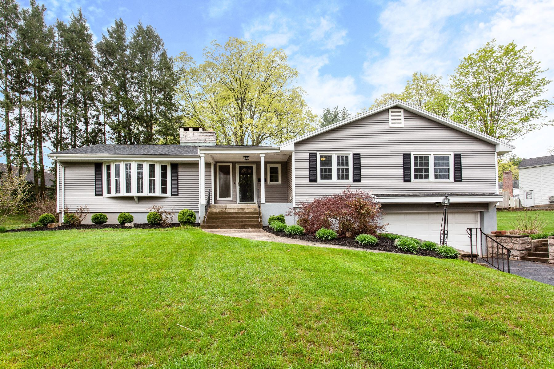single family homes for Sale at This Sprawling Ranch Has so Much to Offer! 33 York Road, New Britain, Connecticut 06052 United States