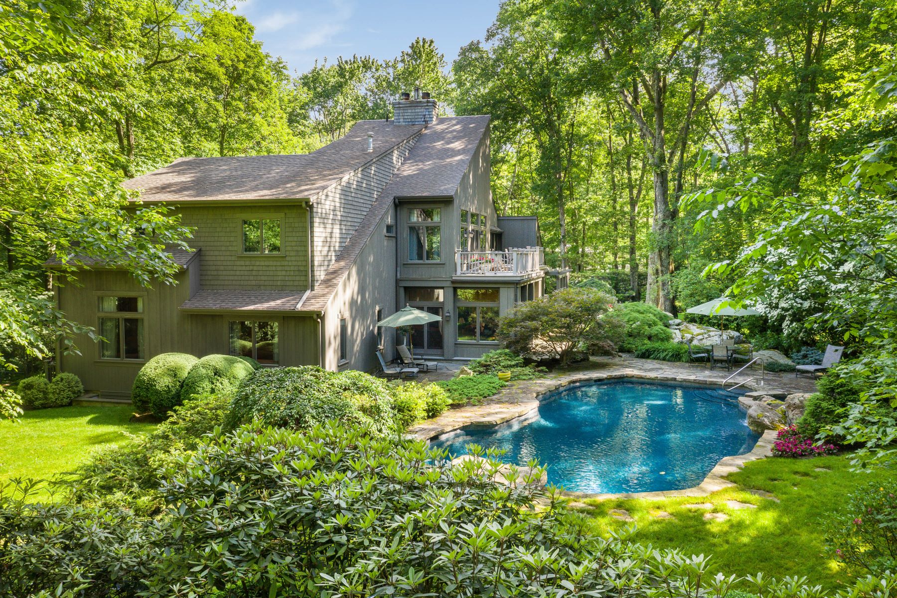 Single Family Homes for Sale at 17 Eastwoods Road Pound Ridge, New York 10576 United States