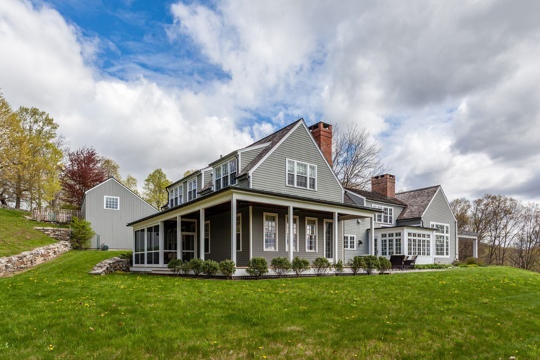 独户住宅 为 销售 在 Contemporary Elegance 152 Ore Hill Rd 肯特, 康涅狄格州, 06785 美国