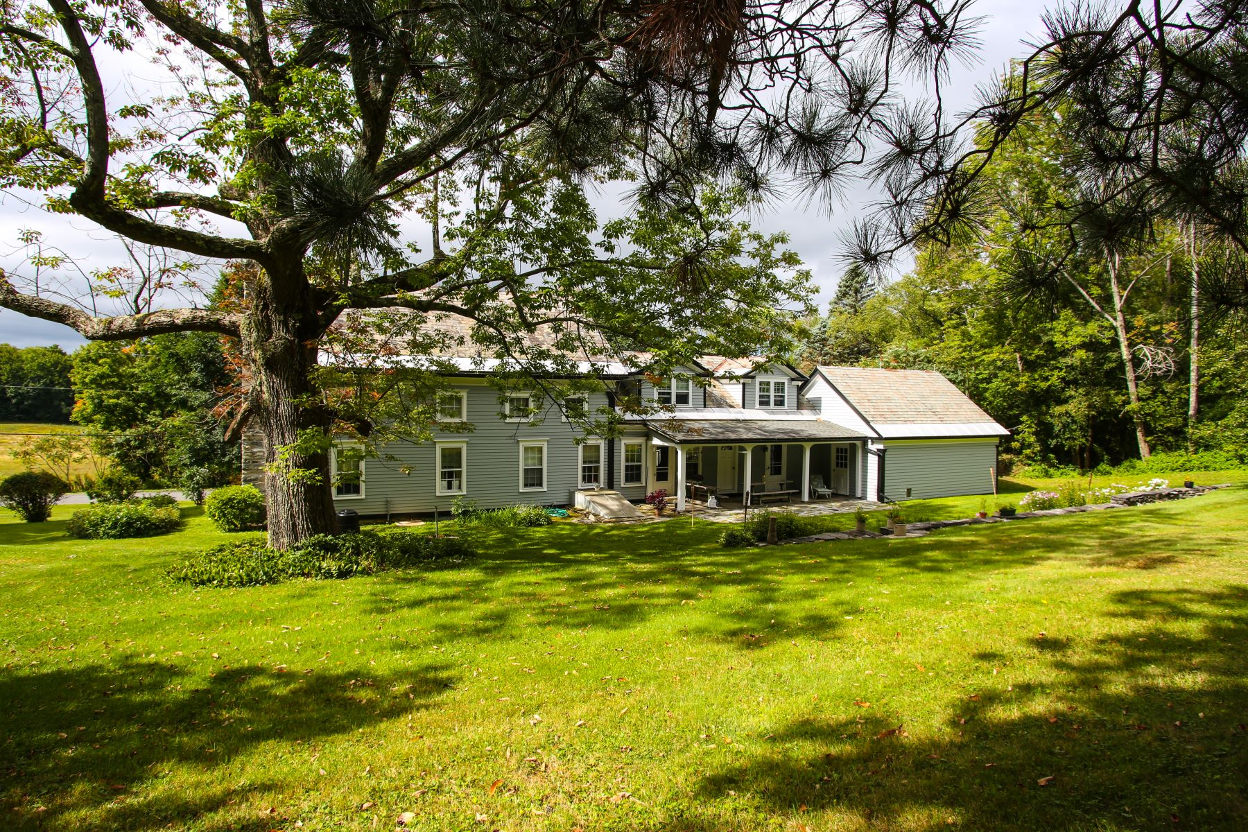 Additional photo for property listing at Greek Revival Farm with Barns and Views on 160 Acres 246 Whitman Rd Hancock, 马萨诸塞州 01237 美国