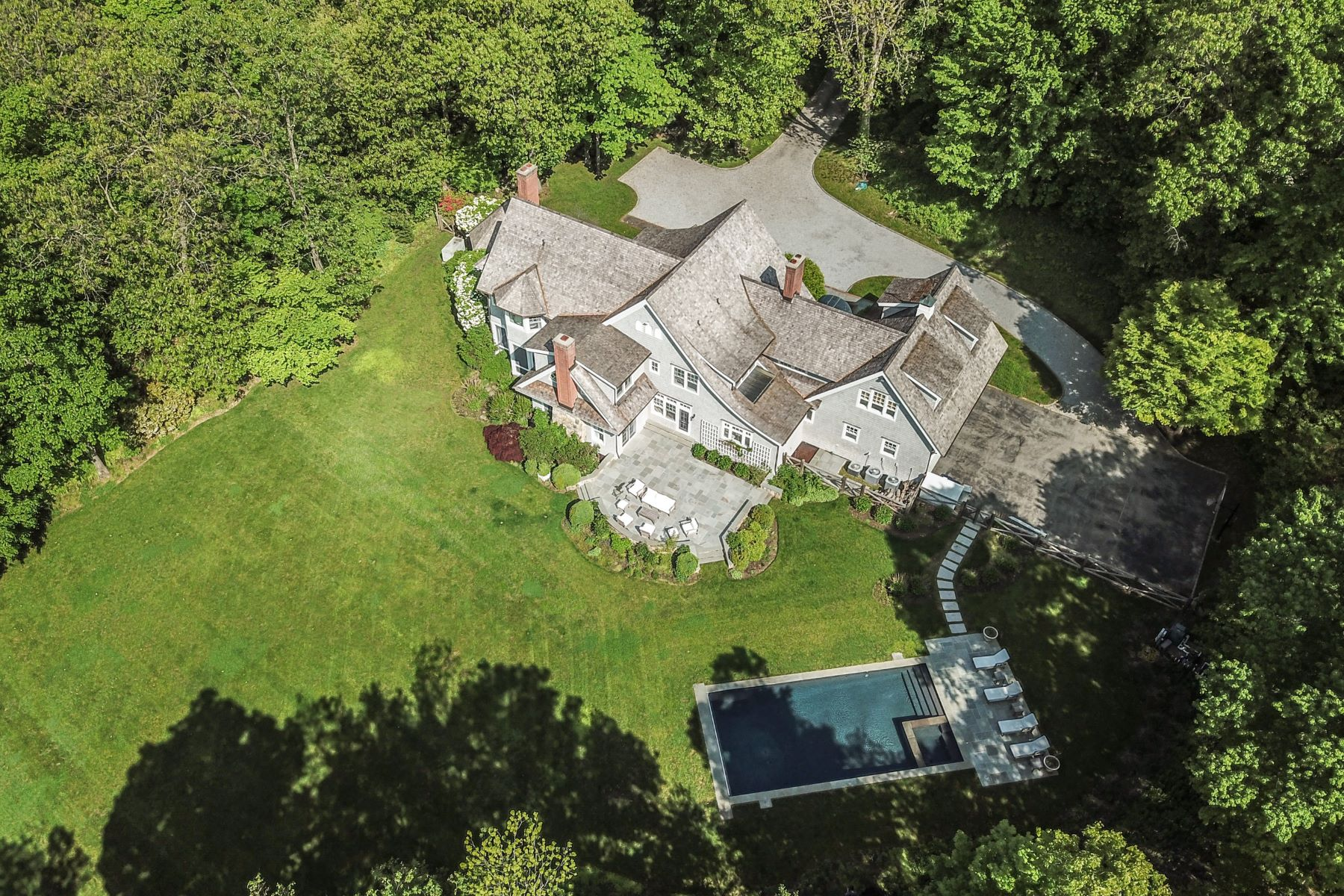 Single Family Homes for Active at 284 Stone Hill Road Pound Ridge, New York 10576 United States