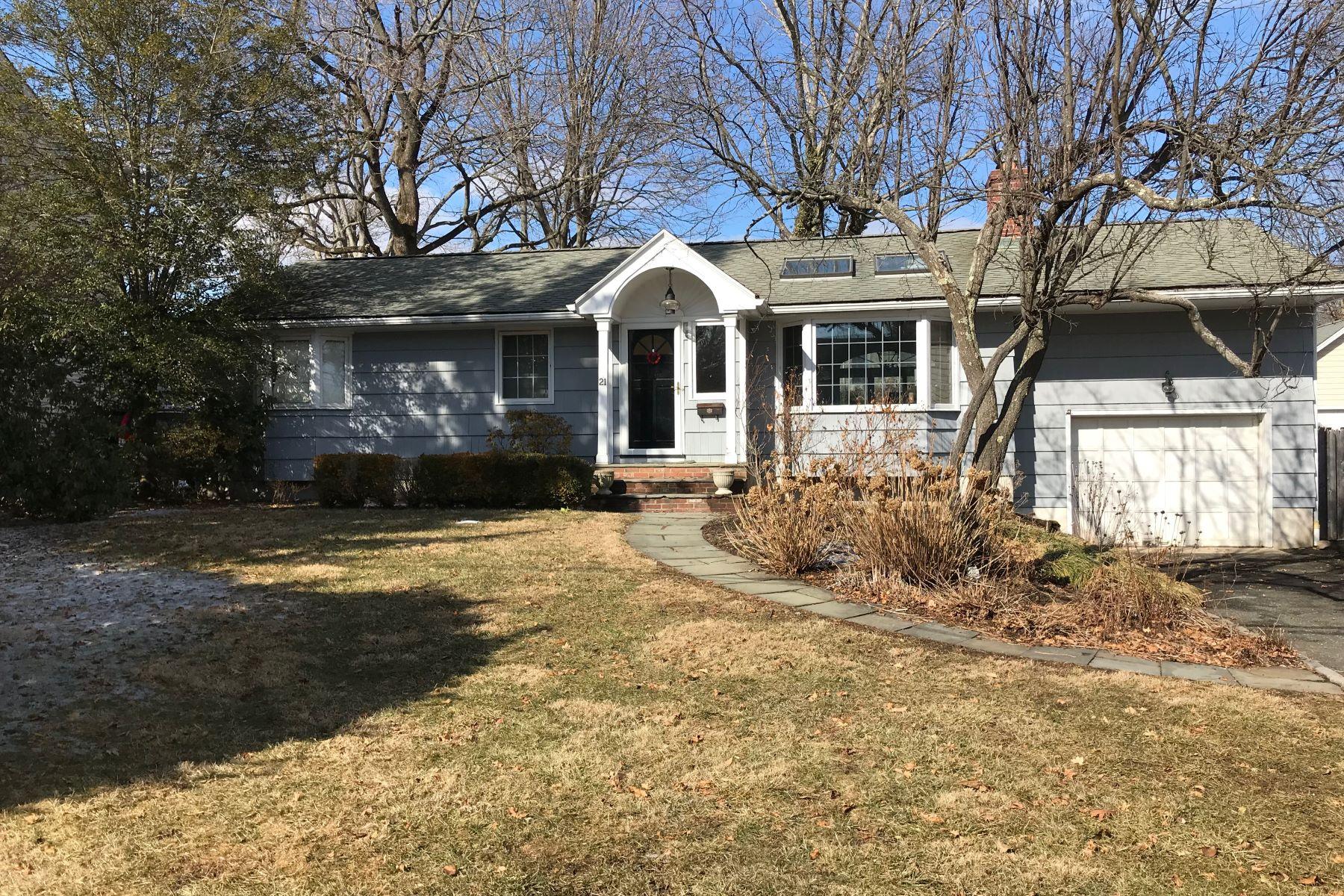 独户住宅 为 销售 在 21 Crystal Street 新迦南, 康涅狄格州, 06840 美国