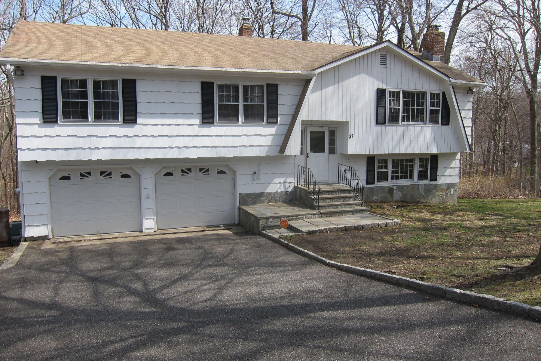 Eensgezinswoning voor Verkoop op 37 Country Ridge Drive Shelton, Connecticut 06484 Verenigde Staten