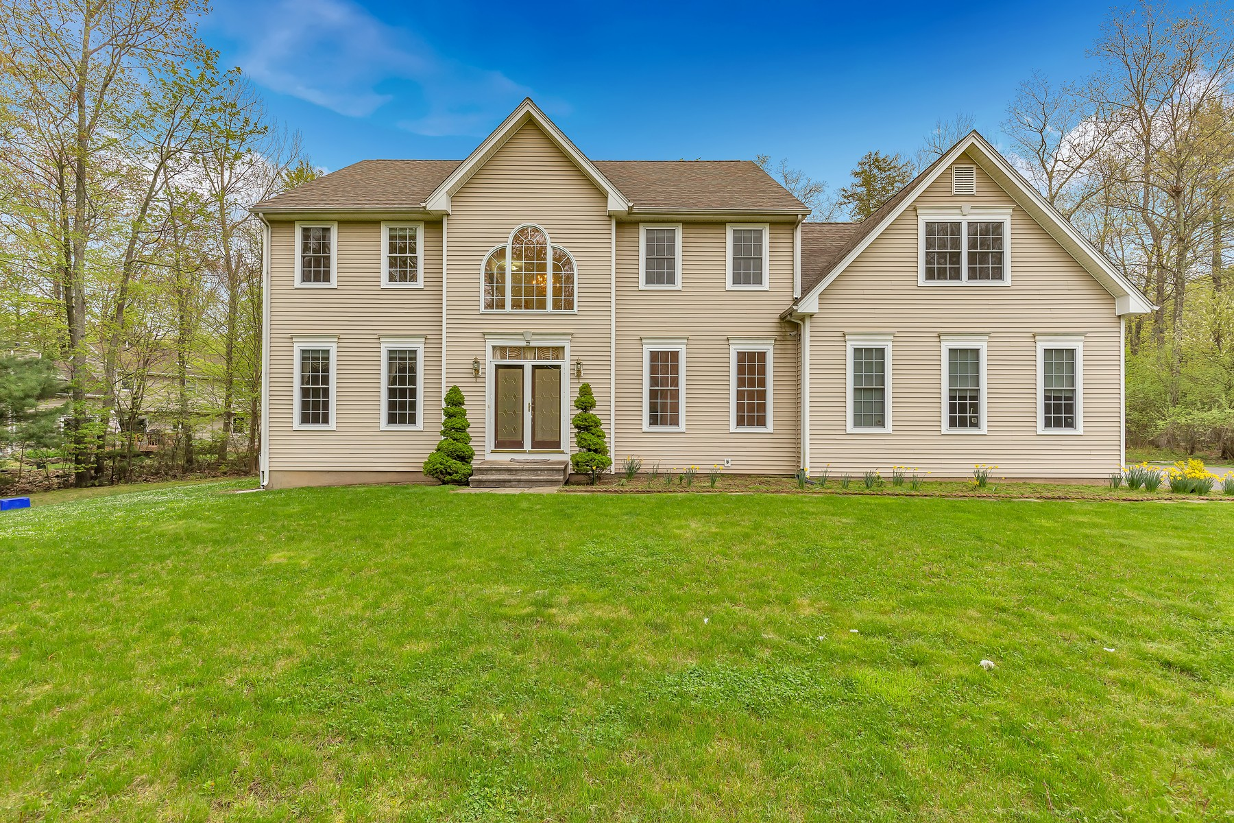 single family homes for Sale at 45 Warder Road 45 Warder Rd, Torrington, Connecticut 06790 United States