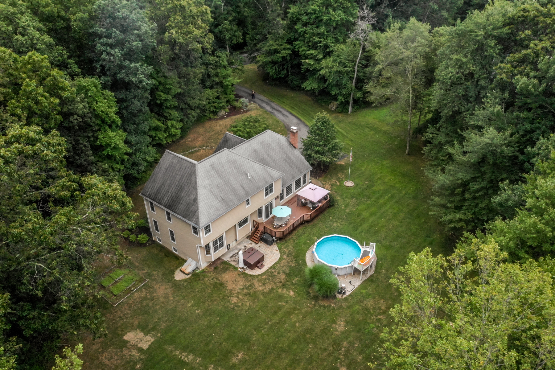 Single Family Homes للـ Sale في Impeccably Presented 35 Obtuse Rocks Rd, Brookfield, Connecticut 06804 United States