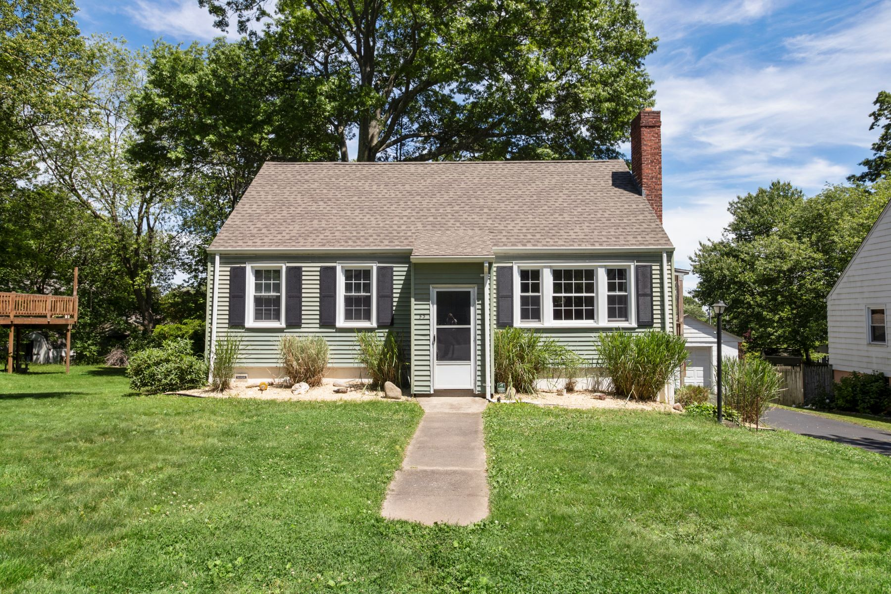 Single Family Homes for Sale at Well Maintained Cape 53 Milton Avenue West Haven, Connecticut 06516 United States