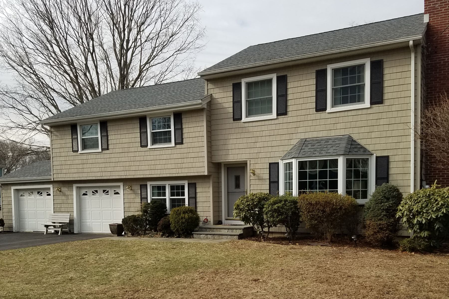 Single Family Home for Sale at University Cul de Sac 170 Shady Hill Road, Fairfield, Connecticut, 06824 United States