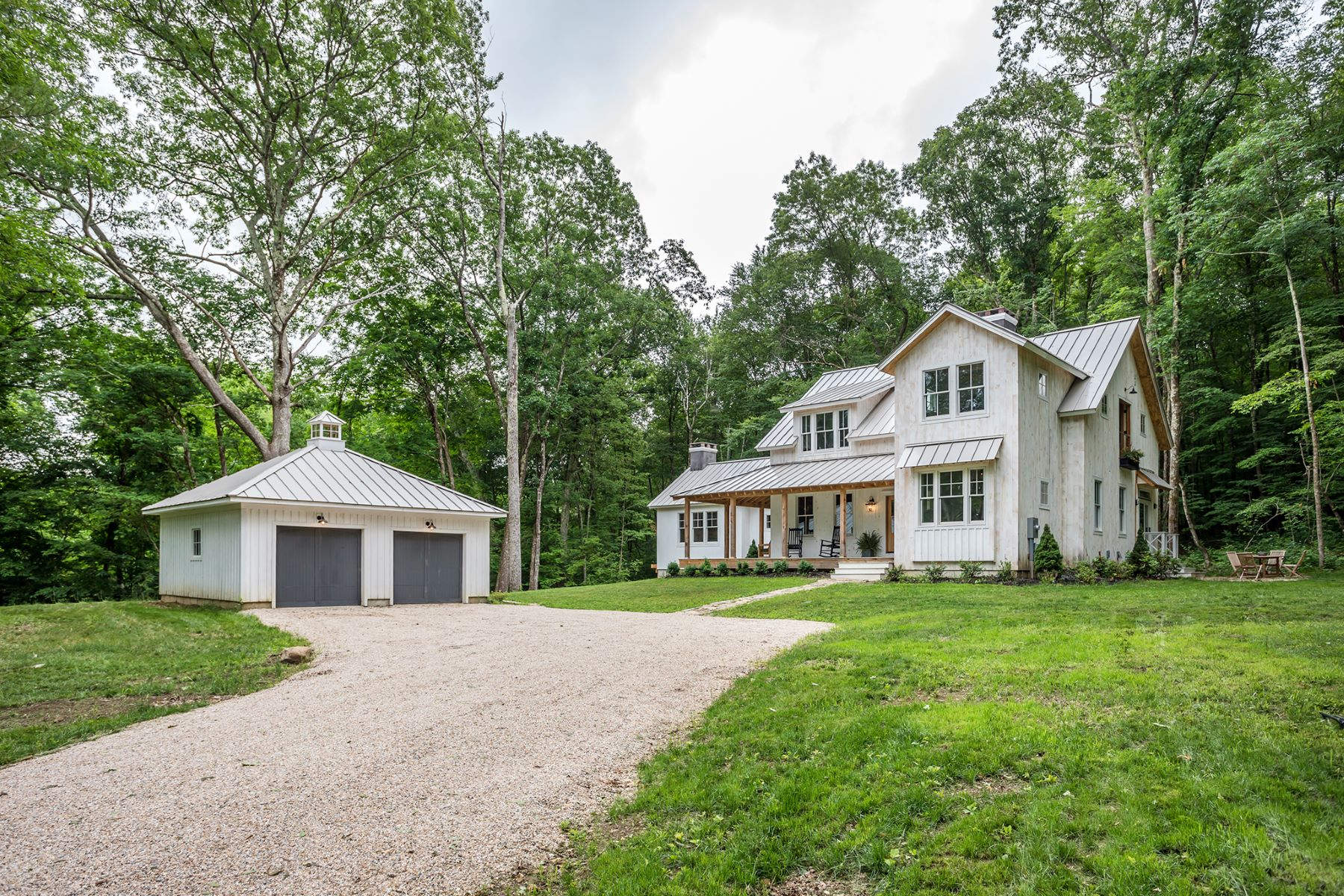Single Family Homes للـ Sale في Newly Constructed Modern Farmhouse 335 Calkinstown Road, Sharon, Connecticut 06069 United States