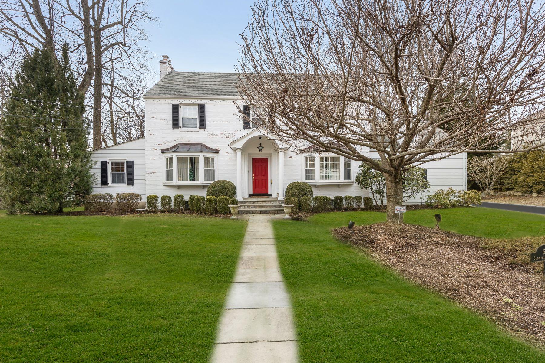 Maison unifamiliale pour l Vente à 68 Sunny Ridge Road Harrison, New York, 10528 États-Unis