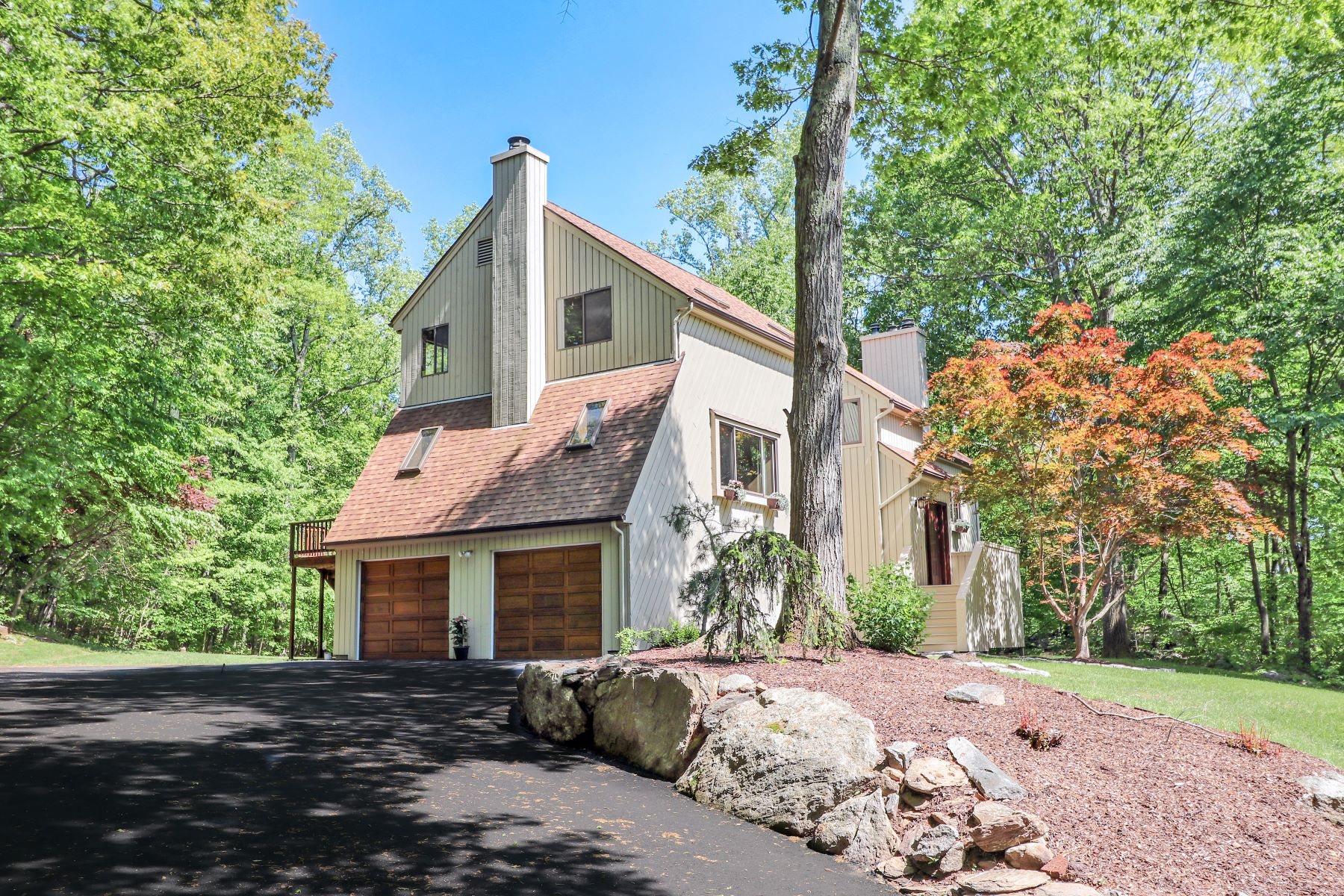 Single Family Home for Sale at 780 North Park Avenue 780 North Park Avenue Easton, Connecticut 06612 United States