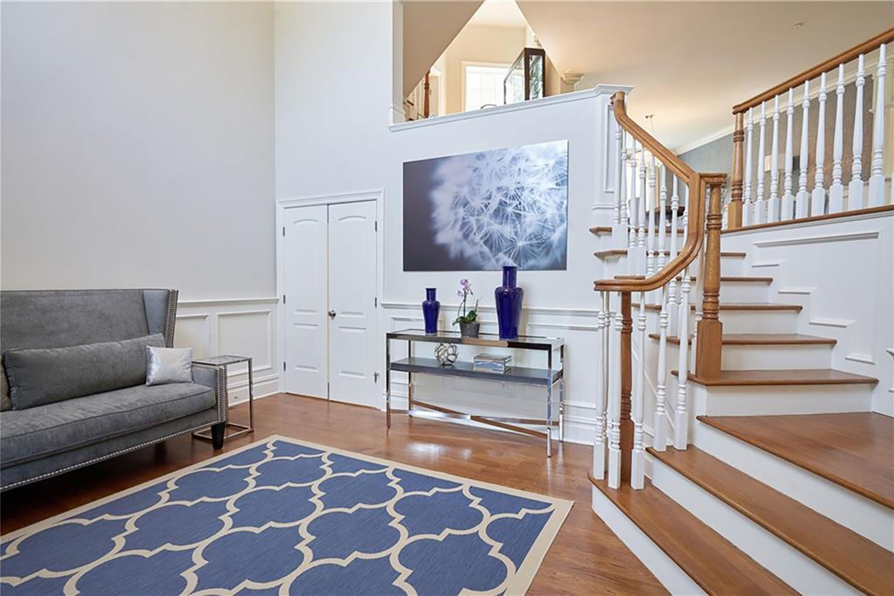 Additional photo for property listing at Open Concept Modern Colonial 1 Thomas Street Scarsdale, New York 10583 United States