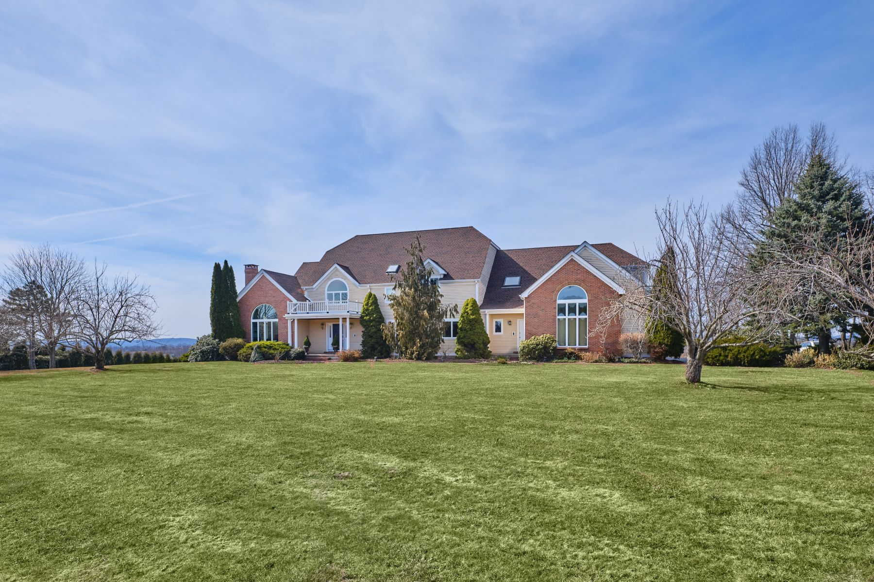 Single Family Homes for Sale at Breathtaking Views 5 Turnberry Road Wallingford, Connecticut 06492 United States