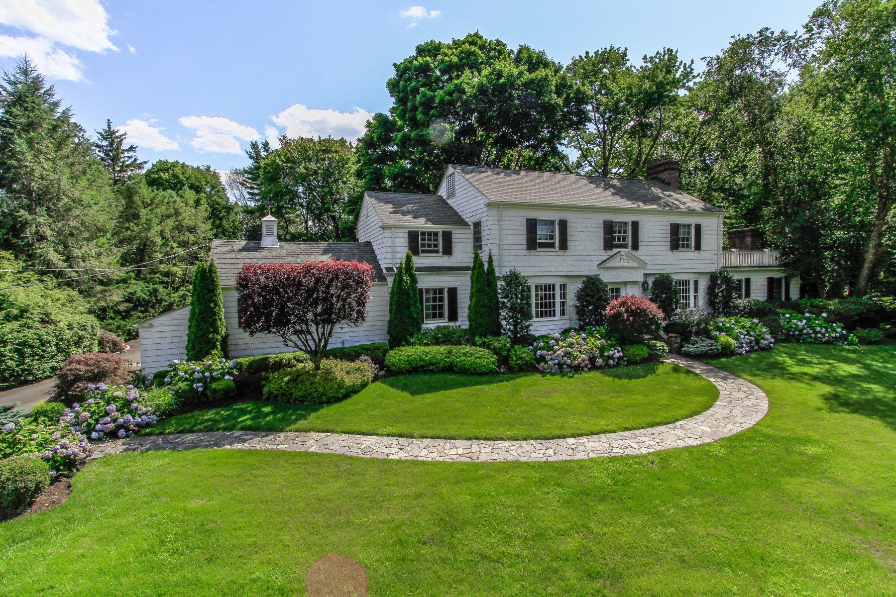 Maison unifamiliale pour l Vente à 134 Haviland Road Harrison, New York, 10528 États-Unis