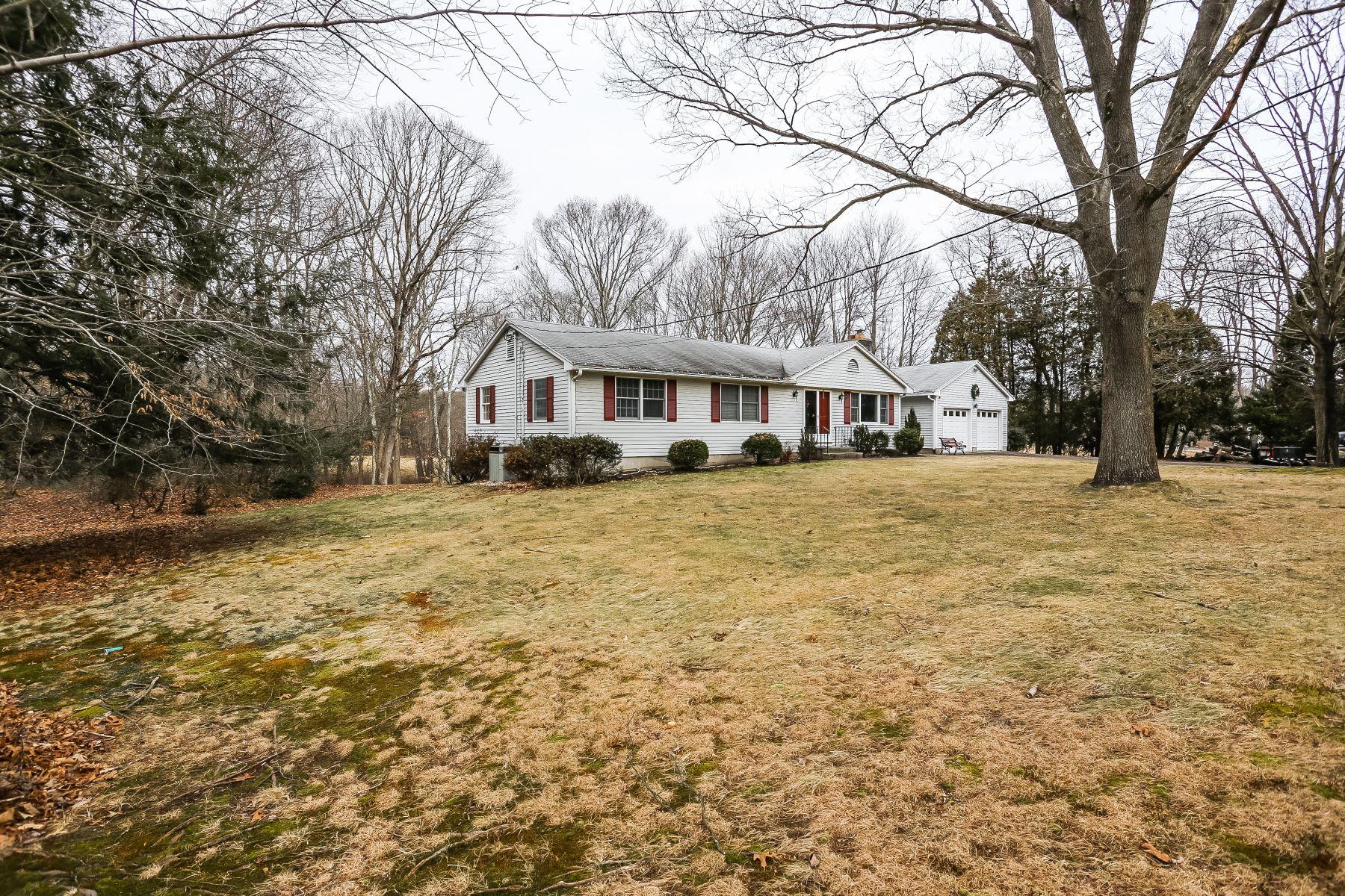 Eensgezinswoning voor Verkoop op One Level Living on 2+ Acres 890 Baldwin Road, Woodbridge, Connecticut 06525 Verenigde Staten