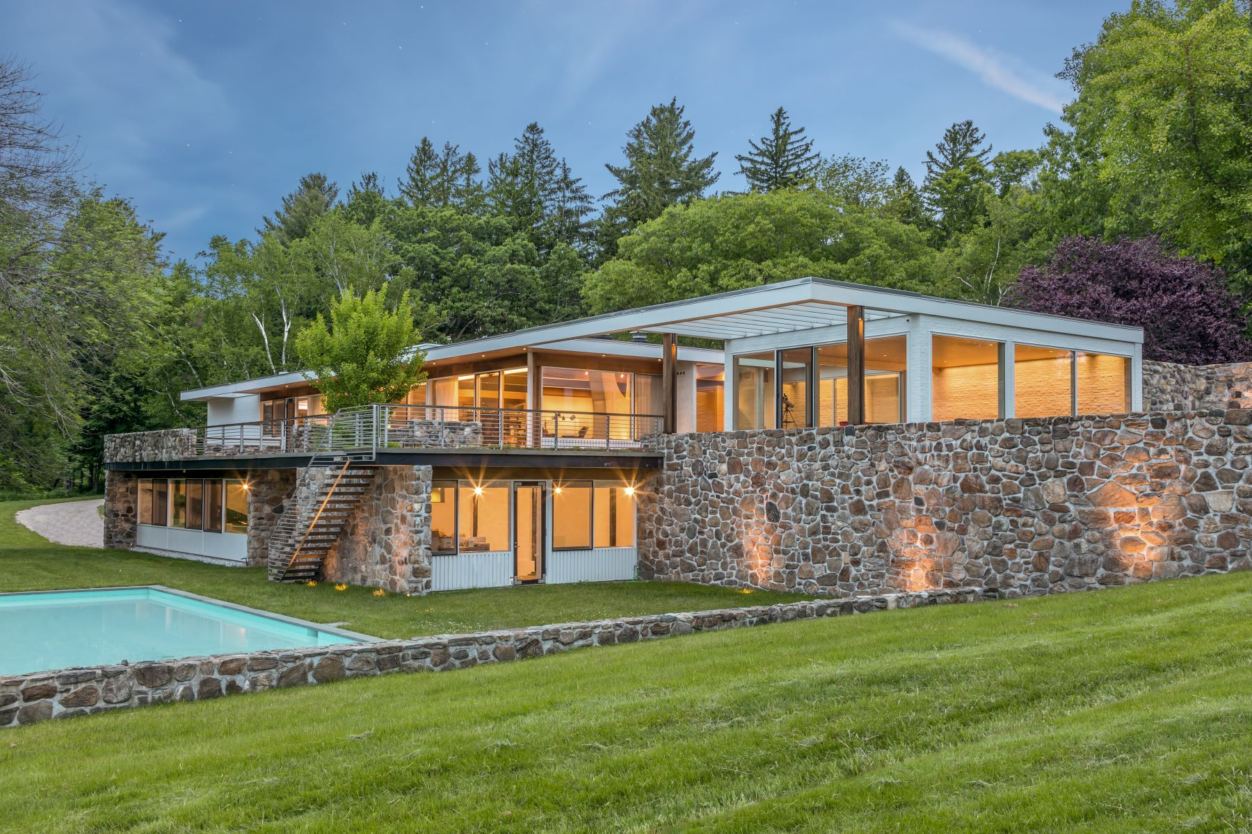 Single Family Homes for Active at Marcel Breuer's Gagarin House 1: A Mid-Century Masterpiece 144 Gallows Lane Litchfield, Connecticut 06759 United States