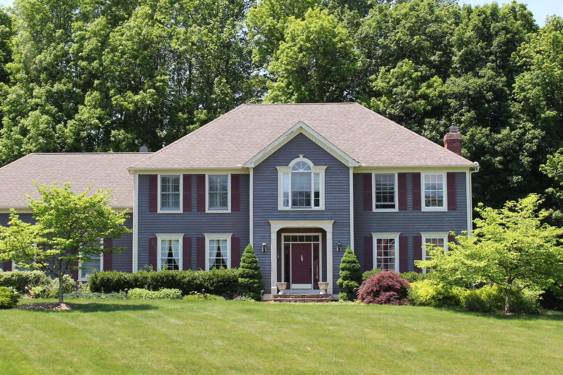 Single Family Home for Sale at Impeccable Colonial 2 Yankee Dr Brookfield, Connecticut 06804 United States