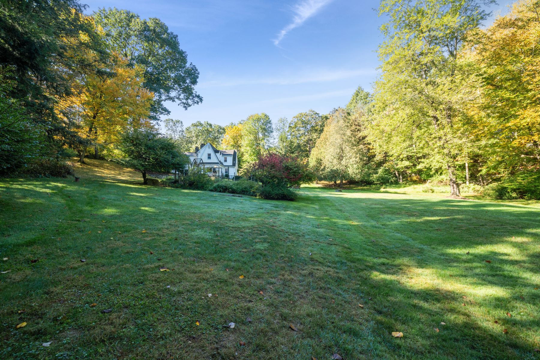 Single Family Homes for Sale at Exceptional Oversized Cape 11 Hop Brook Rd Brookfield, Connecticut 06804 United States