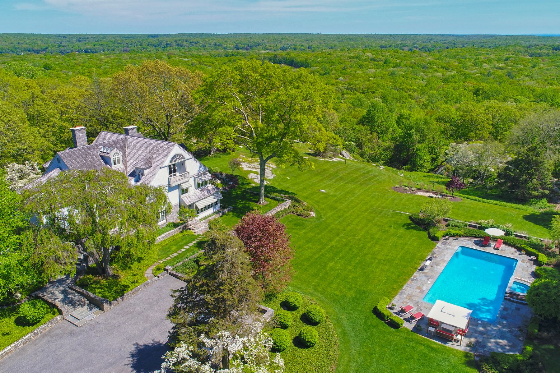 Single Family Home for Sale at Pristine Gated Estate 102 Town Woods Road Old Lyme, Connecticut 06371 United States