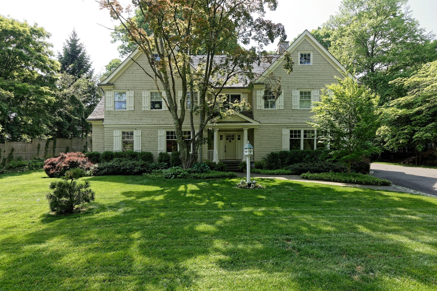 Single Family Home for Sale at Sophisticated New England Home in Rowayton's waterfront community 7 Ledge Road Rowayton, Norwalk, Connecticut, 06853 United States